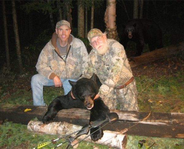 bear and hunters The Eight Craziest Oh S*!t Moments