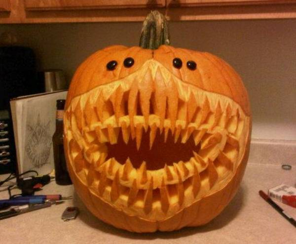 Ten Ridiculously Awesome Halloween Jack O Lanterns