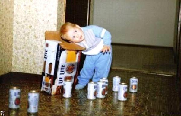 parenting fail kid beer The Worlds Worst Parents, Part II