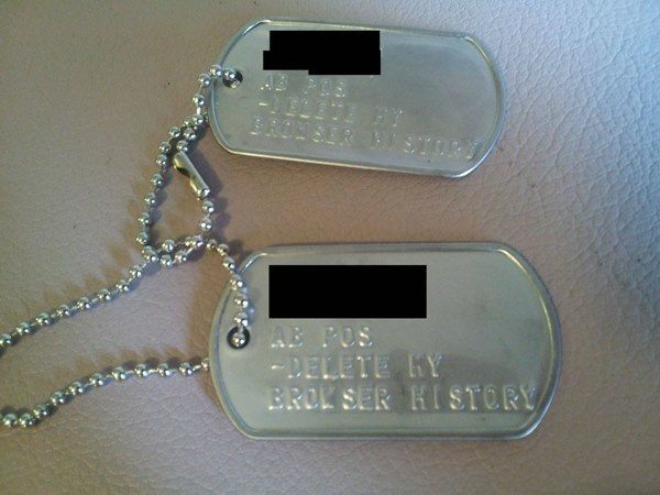 best viral pictures week 5 dog tags The Best Viral Pictures of the Week, Volume 5
